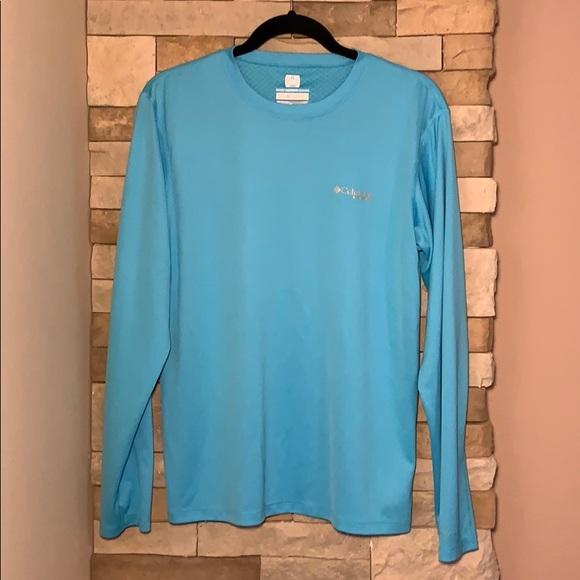 b22805a0931 Columbia Shirts | Mens Small Long Sleeve Omni Freeze Pfg | Poshmark